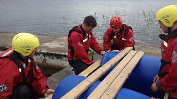 raft-building